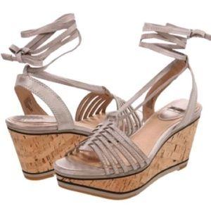 Frye Carlie Strappy Wedge Sandal Size 7.5